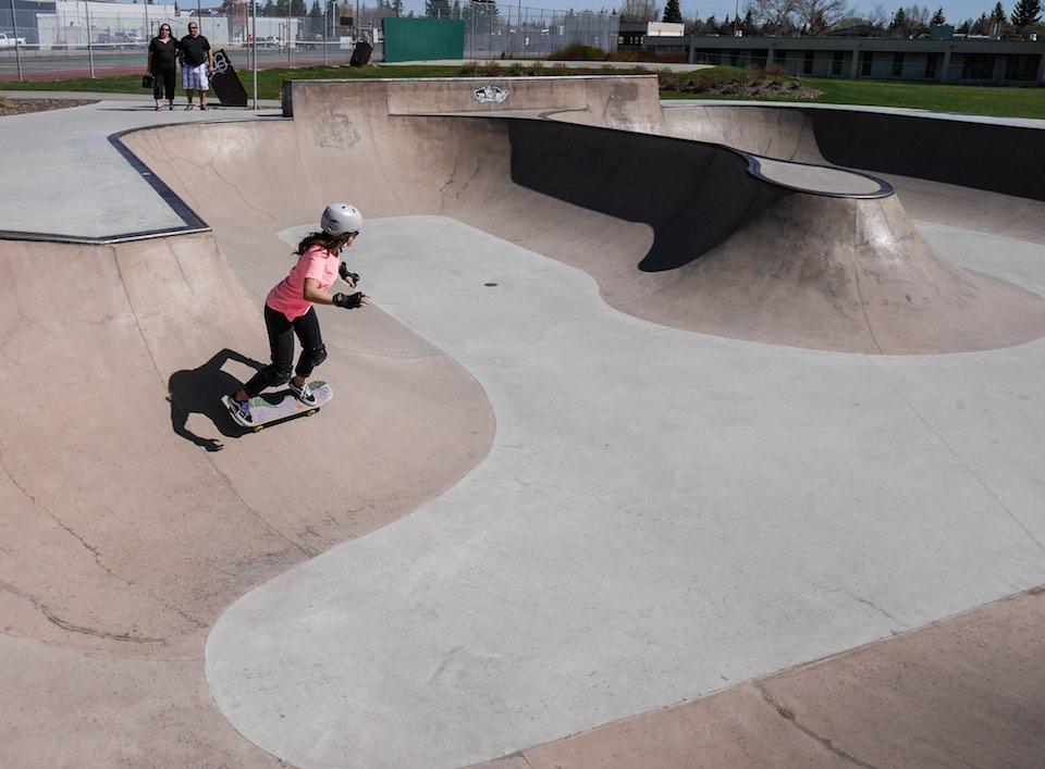 woman skateboarding calgary